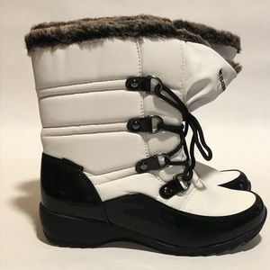 #AA1P Weatherproof Boots Sz 7M